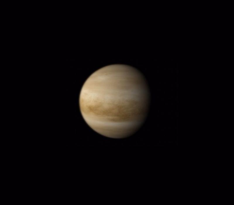 Vénus vue en entier en couleurs réelles par la sonde Venus Express en 2012.
