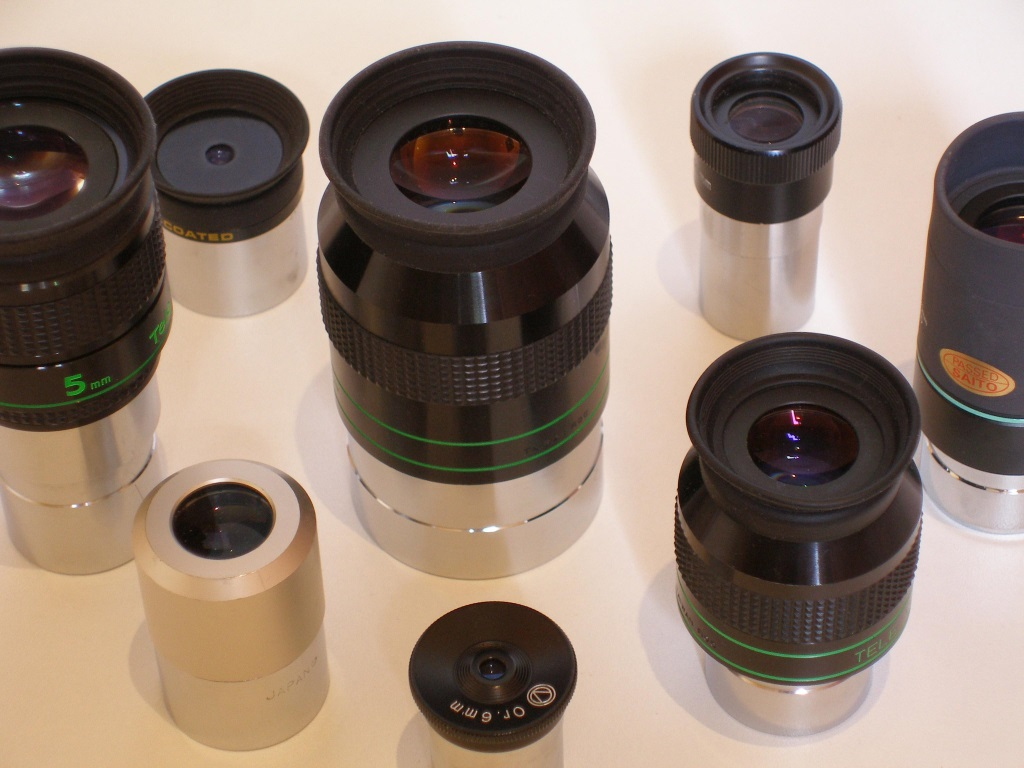 Various eyepieces photo.