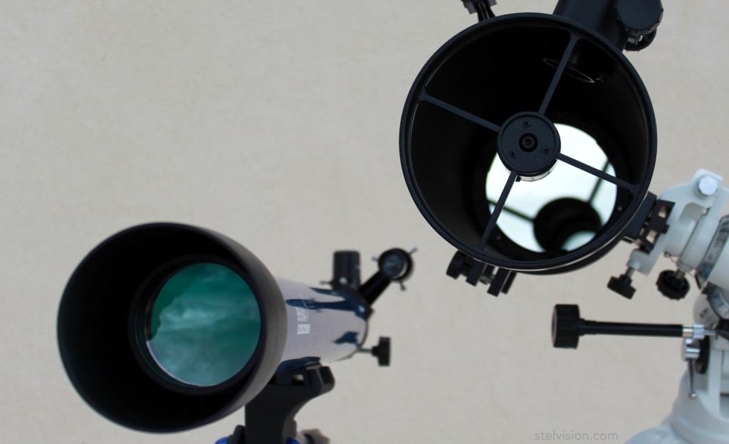 Photo illustrant la différence entre une lunette astronomique et un télescope
