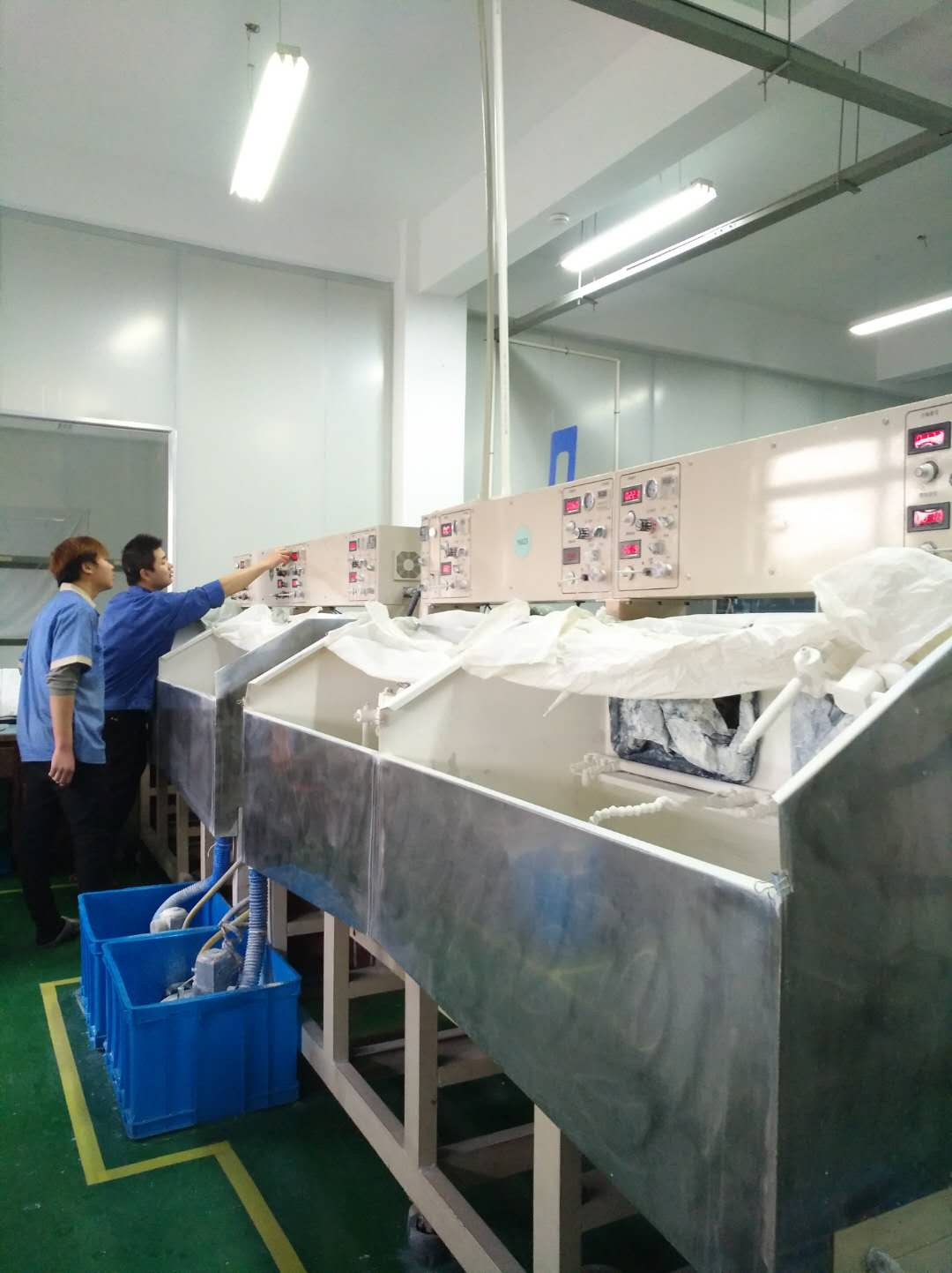 atelier de polissage de miroirs