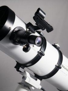 télescope STELESCOPE 130, vue porte-oculaire et pointeur