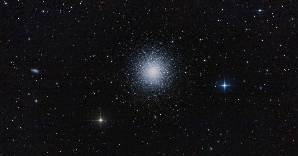 Photo de l'amas globulaire M13.