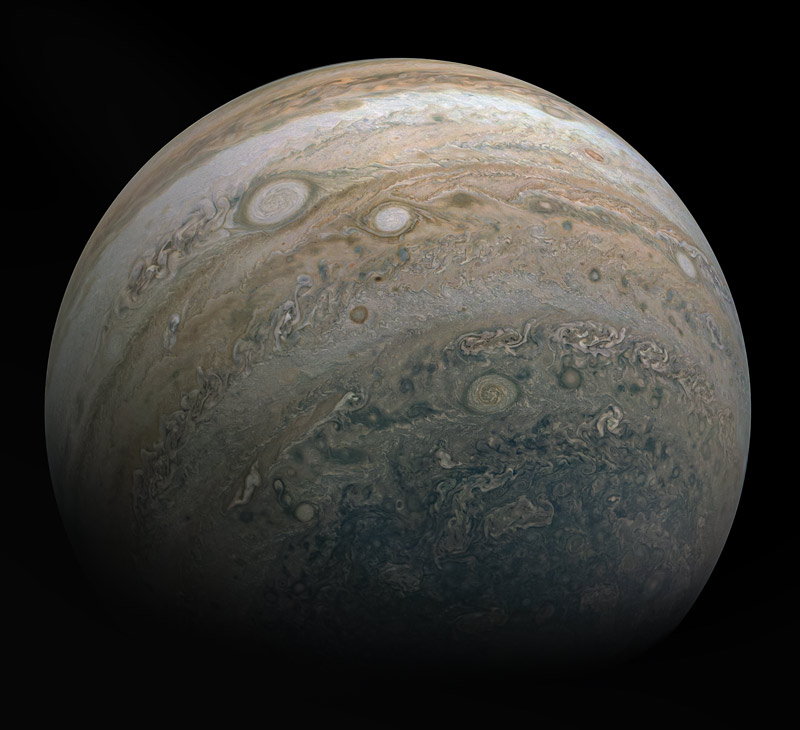 View of Jupiter from the Juno probe during its 26th orbit around the giant planet in spring 2020. We can see the details of its cloud bands and hurricanes, including the Great Red Spot.